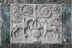 Flachrelief auf der externen Wand des Heiligen Mark Basilica Stockfotos