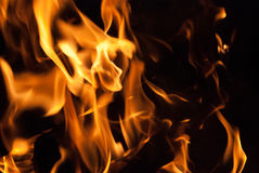 Flackernde Flammen Lizenzfreie Stockfotos