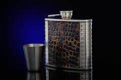 Flacon de hanche pour le whiskey ou le cognac Images libres de droits
