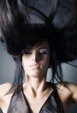 fladdrande hårkvinna arkivbilder