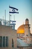 flag Израиль Купол утеса в старом городе Иерусалима, Израиля Стоковые Фото