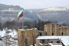 Flag over Tsarevets Fortress Stock Photography