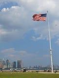 Flaga Amerykańska nad niebem Zdjęcie Royalty Free