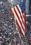Flaga Amerykańska nad tickertape paradą Obraz Stock