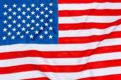 Flaga amerykańska wypełnia ramę i trzepotać całkowicie Zdjęcia Royalty Free