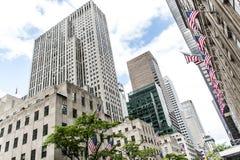 Flaga amerykańskiej Miasto Nowy Jork usa budynków fasadowy Duży Jabłczany drapacz chmur Obrazy Royalty Free