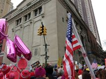 Flaga Amerykańska, kobiety ` s Marzec, central park Zachodni, NYC, NY, usa Fotografia Royalty Free