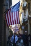 Flaga Amerykańska w Cadiz ulicie Fotografia Stock