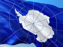 Flaga Antarctica falowanie w wiatrze przeciw g??bokiemu niebieskiemu niebu Wysokiej jako?ci tkanina zdjęcie royalty free