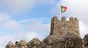 Flaga Portugal na historycznym kasztelu Fotografia Royalty Free
