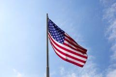 Flaga Stany Zjednoczone na flagpole Obrazy Royalty Free