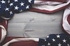 Flaga Zlany Syci na popielatym deski tle z kopii przestrzenią obraz stock