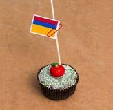 Flagga av Colombia på en muffin Arkivfoton
