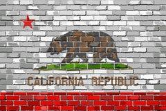 Flagga av Kalifornien på en tegelstenvägg Fotografering för Bildbyråer