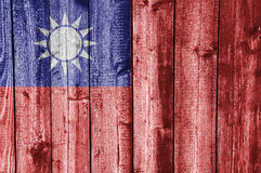 Flagga av Taiwan på ridit ut trä Royaltyfria Bilder