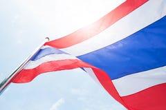 Flagga av Thailand och solljus Arkivfoto