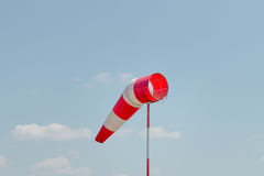 Flagga för tecken för luftfältriktning Royaltyfri Bild