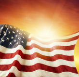 Flagga och himmel Arkivbilder