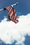 Flagga och moln Royaltyfria Foton