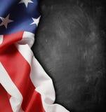 Flagga på svart tavla Arkivfoton