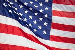 flagga USA amerikanska flaggan Amerikanska flaggan som blåser vind Royaltyfria Foton
