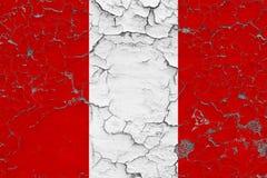 Flaggan av Peru målade på den spruckna smutsiga väggen Nationell modell p? tappningstilyttersida vektor illustrationer