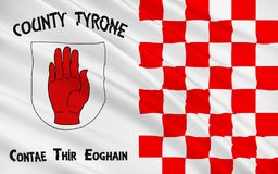 Flaggan av ståndsmässiga Tyrone är ett län i Irland royaltyfria foton
