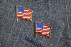 flaggan pins två Royaltyfri Foto