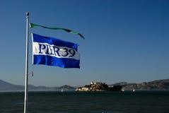 flaggapir för 39 alcatraz Arkivfoton