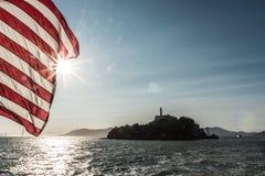 Flagge Alcatraz-Ansicht vith von Amerika Lizenzfreies Stockfoto
