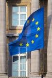 Flagge der Europäischen Gemeinschaft auf dem Bundesparlament von Belgien in Brüssel Stockbilder