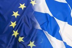 Flagge der Europäischen Gemeinschaft gegen Bayernflagge Lizenzfreie Stockfotos