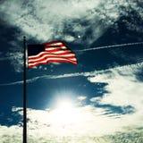 Flagge fliegt für frredom Stockfotografie