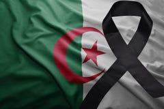 Flagge von Algerien mit schwarzem Trauerband Lizenzfreie Stockfotografie