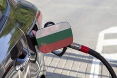 Flagge von Bulgarien auf der Auto ` s Brennstoff-Füllerklappe lizenzfreies stockfoto