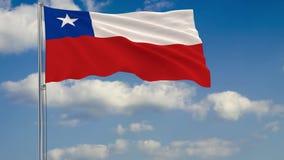 Flagge von Chile gegen Hintergrund des Wolkenhimmels lizenzfreie abbildung