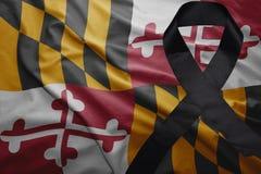 Flagge von Maryland-Staat mit schwarzem Trauerband Lizenzfreies Stockbild