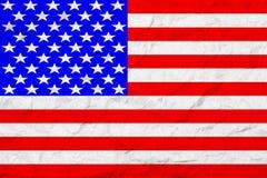 Flagge von Staaten von Amerika Abbildung der roten Lilie Alte Wandbeschaffenheit Verblaßter Hintergrund stockbilder