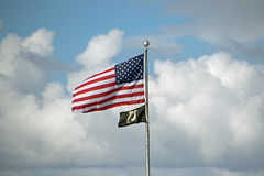 Flaggen über Fort Myers Beach lizenzfreies stockbild