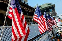 Flaggen auf Block-Insel Lizenzfreies Stockfoto