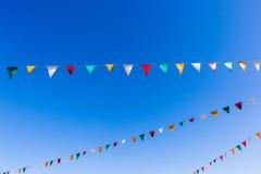 Flaggen-Farbblauer Himmel Stockbild