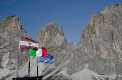 Flaggen im Wind Lizenzfreies Stockbild
