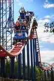 Flaggen-Vergnügungspark der Thrillseekers-Fahrachterbahn-sechs Lizenzfreie Stockfotografie