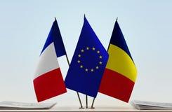 Flaggen von Frankreich EU und von Tschad stockfotos