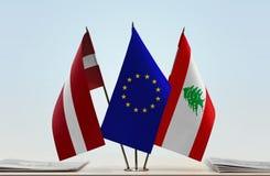 Flaggen von Lettland EU und von Libanon stockfoto