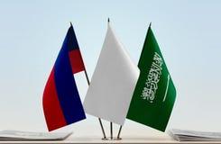 Flaggen von Liechtenstein und von Saudi-Arabien stockfoto