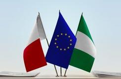Flaggen von Malta EU und von Nigeria lizenzfreie stockbilder