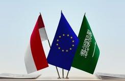 Flaggen von Monaco EU und von Saudi-Arabien stockbilder