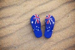 Flaggen-Zapfen-Strand Australien Stockfotos