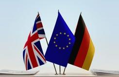 Flaggor av den Förenade kungariket europeisk union och Tyskland arkivbilder